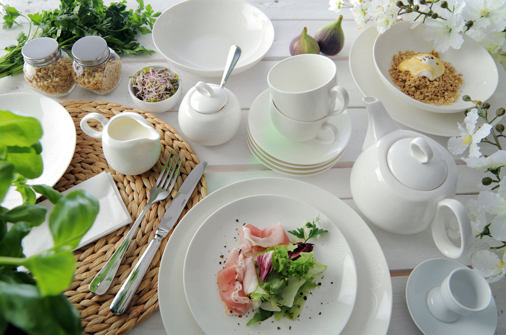мода намного фото белой посуды с едой последнее