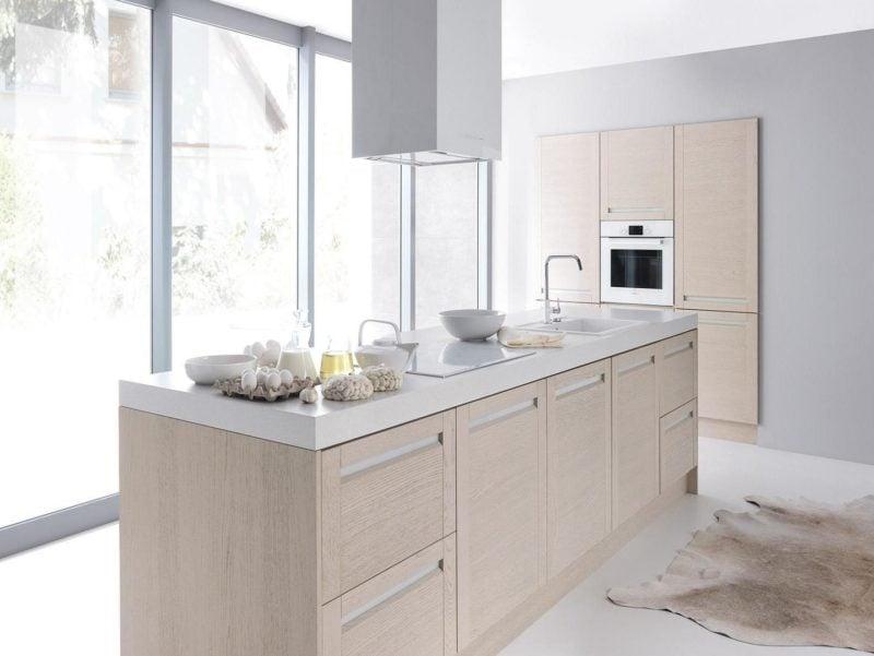 Îlot de cuisine dans les meubles Senso Kitchens de la ligne Capital - 32e avenue Malbec