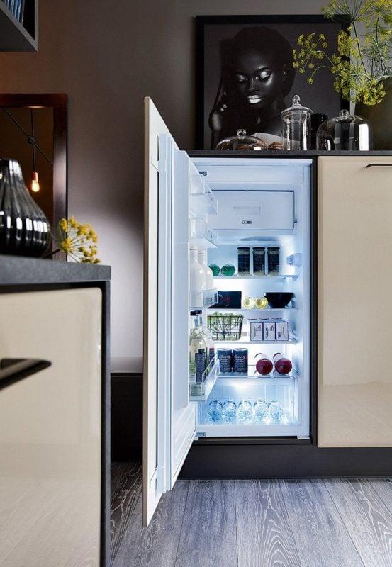 Zabudowa AGD w kuchni na wymiar Senso Kitchens z linii Traffic - 77th Simple Street