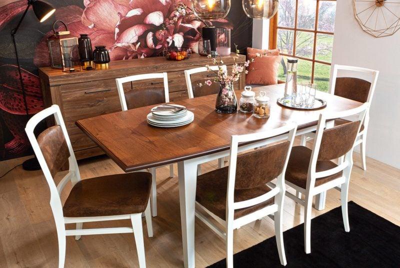 Stół i krzesła z kolekcji Kalio