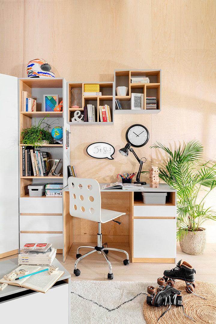Biurko młodzieżowe z kolekcji Nandu
