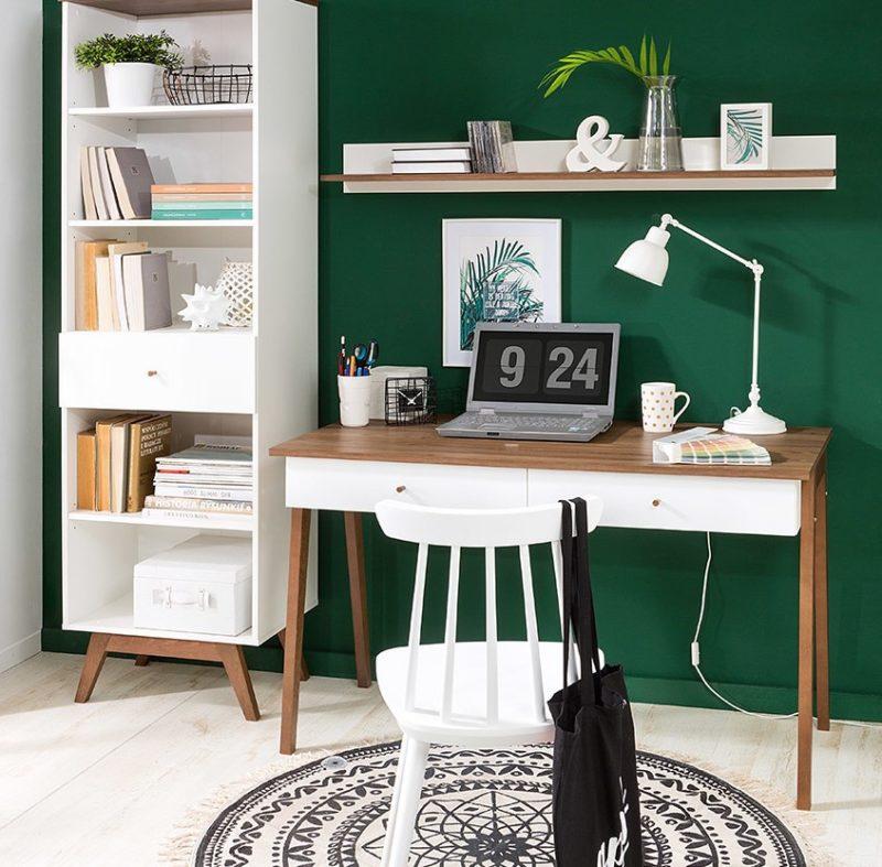 Kolekcja Heda zawiera nie tylko meble do salonu, ale i wygodne biurko do pracy