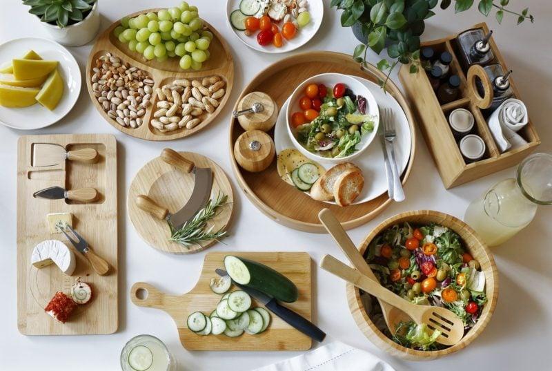 Un ensemble d'ustensiles de cuisine en bambou Tao