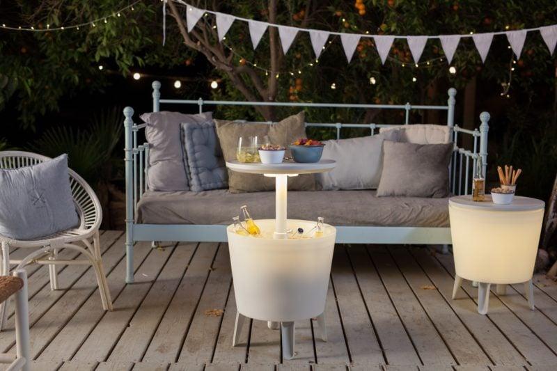 Organisez une table pour une garden-party de printemps avec vos proches!