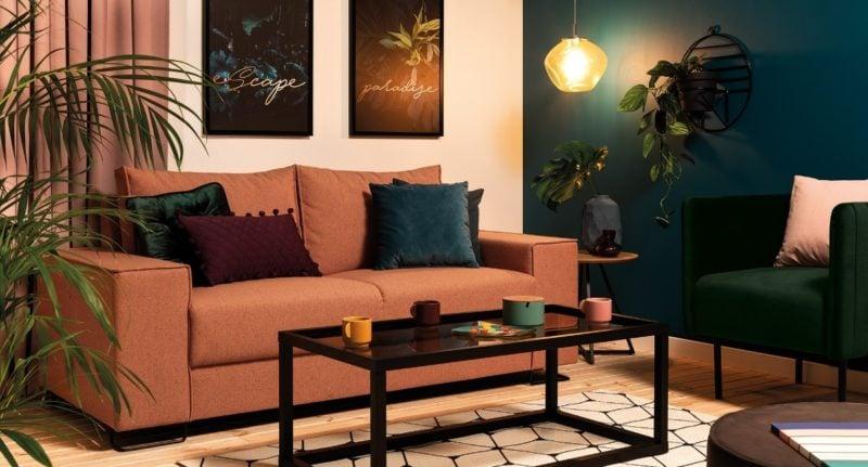 Ceglasta pomarańcz i ożywcza zieleń – idealny pomysł na wnętrze bliższe natury