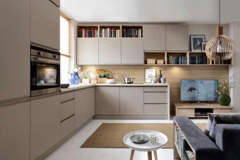 Kuchnia na wymiar Senso Kitchens, linia Sentima, ront Kasetta w kolorze Trufla Mat