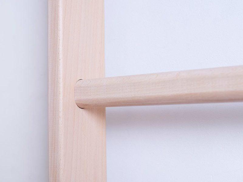 Drabinka gimnastyczna BenchK 110 wykonana z drewna bukowego