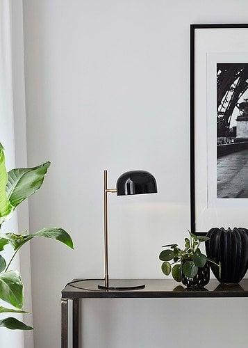 lampa stołowa pose