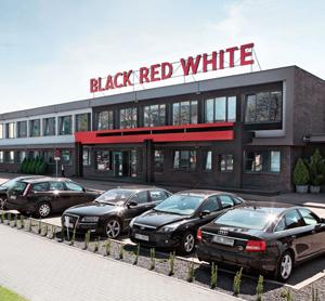 Kontakt do Black Red White