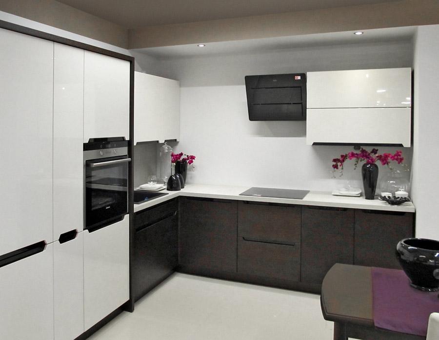 Lubelski Salon Wyposazenia Wnetrz Black Red White W Nowej Odslonie